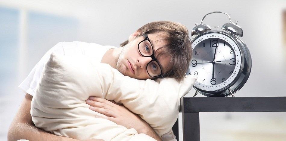 چگونه خواب آلودگی را درمان کنیم؟